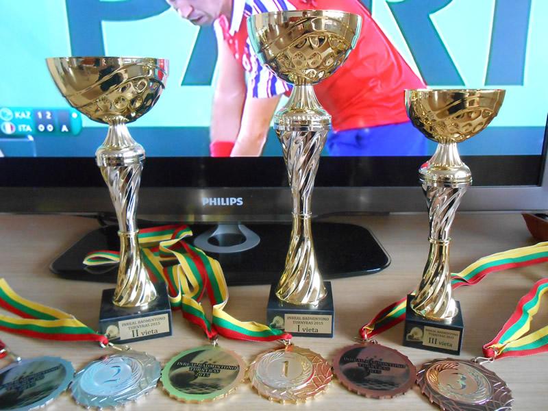 Taurės badmintono turnyrui